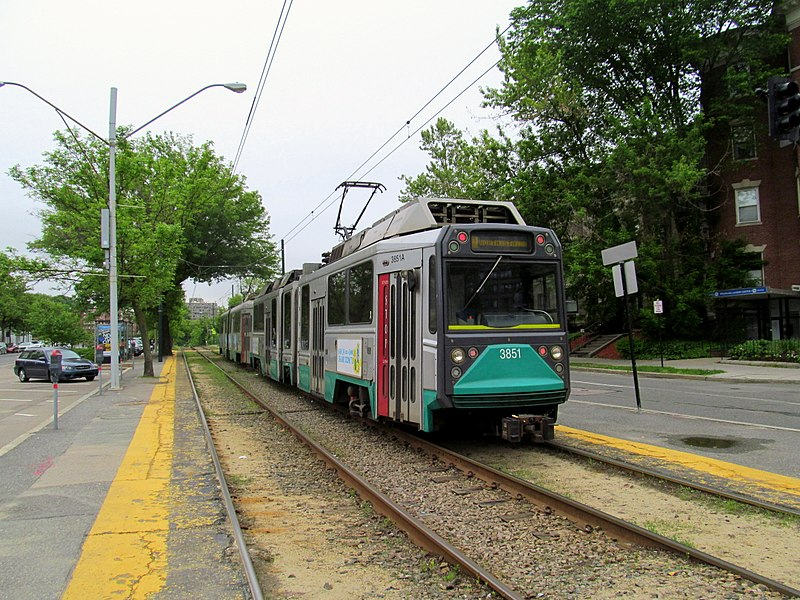 The new system will be designed to allow passengers to board trolleys, trains and buses with a single tap of a credit card or smartphone. (Photo By Pi.1415926535 - Own work, CC BY-SA 3.0)