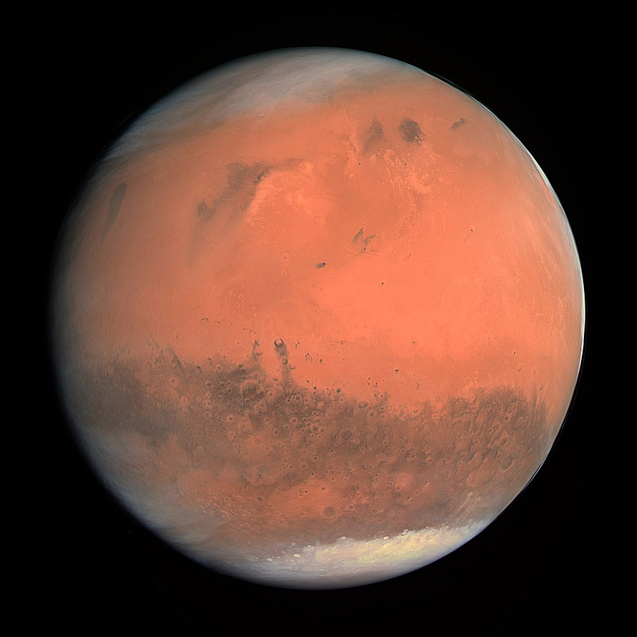 'Flowing' water on Mars could actually be sand, reveals study