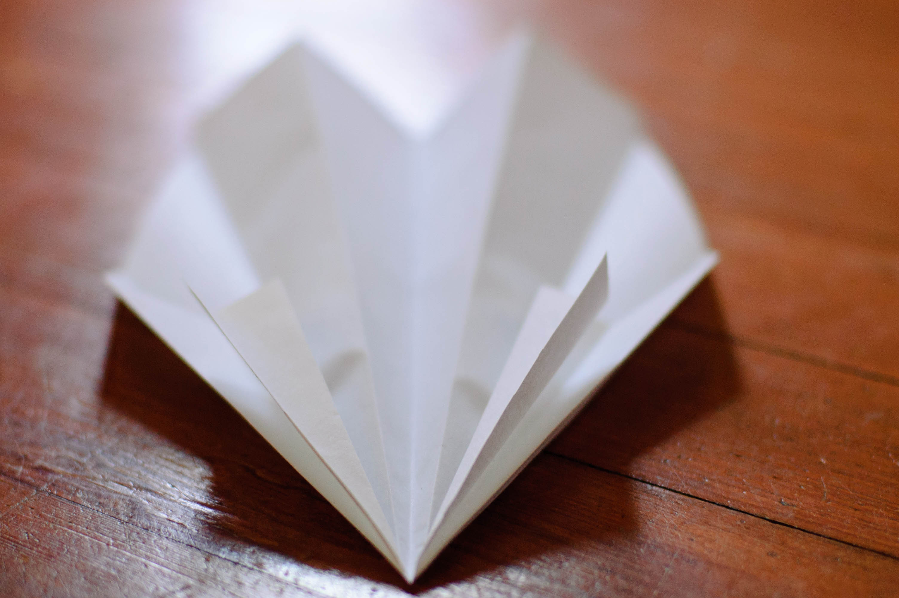 Exactly who made the first paper airplanes is unclear, though artist and inventor Leonardo Da Vinci gets credit for designing flying machines out of parchment in the 15th century. (Photo: Andy Mudrak/Flickr, CC BY 2.0)