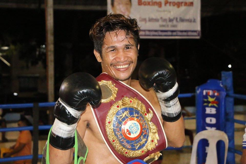 "Filipino boxer Glenn ""The Rock"" Porras displayed his old fiery form by stopping former world title-contender Noldi Manakane of Indonesia in 2:36 of the first round to claim the vacant WBC Asia Boxing Council super bantamweight title on Saturday at the UM Gym in Tagum City. (Photo: MB Boxing Promotions/Facebook)"