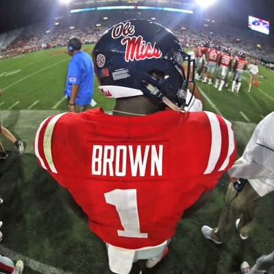 A.J. Brown thought the ball was overthrown, but kept sprinting and stuck his arms out as far as they would go. The Mississippi receiver was astonished when the ball stuck right in his hands and he ran for a crucial touchdown. (Photo: 1k/Twitter)