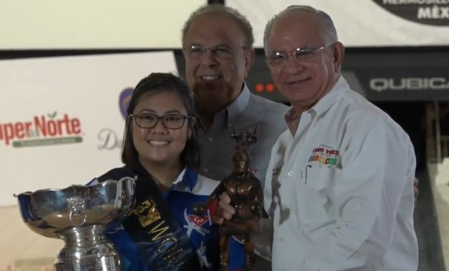 Filipino bowler Krizziah Lyn Tabora defeated Malaysian Siti Safiyah Amirah Abdul Rahman in the women's final of the 53rd QubicaAMF World Cup in Hermosillo, Mexico. (Photo: PWBA Tour/Twitter)