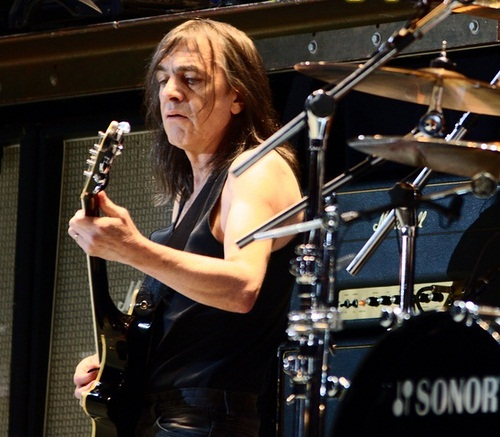 Malcolm Young (Photo by Pandemonium73 - Own work, CC BY-SA 3.0)