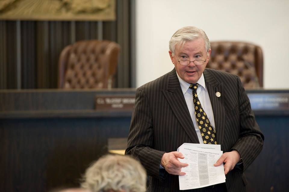 Joe Barton Confirms, Apologizes For Nude Selfie Going Around