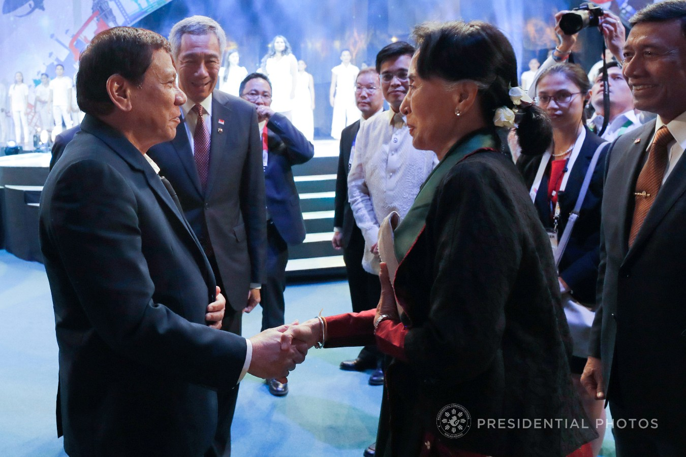 President Rodrigo Roa Duterte and State Counsellor of Myanmar Daw Aung San Suu Kyi exchange pleasantries following the closing ceremony of the 31st Association of Southeast Asian Nations (ASEAN) Summit and Related Summits at the Philippine International Convention Center on November 14, 2017. REY BANIQUET/PRESIDENTIAL PHOTO