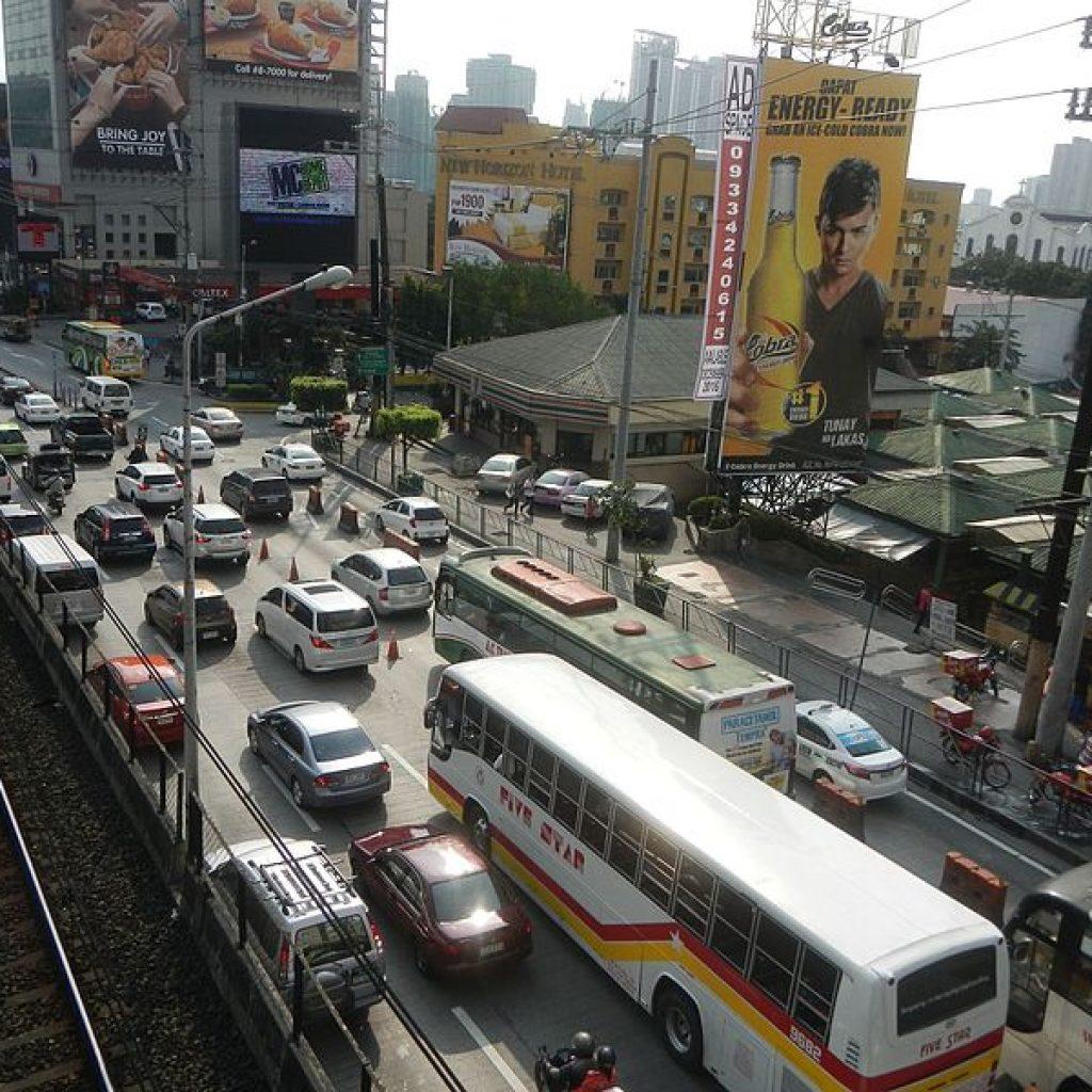 DOTr pursues big-ticket transport projects to decongest Metro Manila