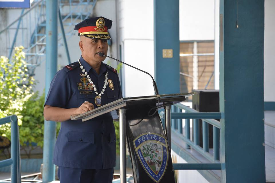 "Chief Superintendent Dennis Siervo, head of the PNP Human Rights Affairs Office (HRAO), said that the launching of ""Know Your Rights"" application kicks off the PNP's commemoration of the ""National Human Rights Consciousness Week"" with the theme of ""Stand Up for Someone's Right Today."" (Photo: Police Regional Office 7/Facebook)"
