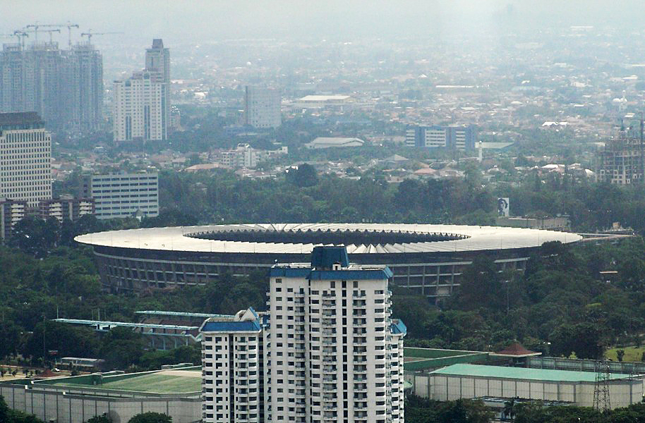 Gelora Bung Karno Stadium, site of the opening and closing ceremonies. (Photo By Davidelit - Own work, Public Domain)