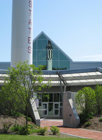 McAuliffe-Shepard Discovery Center (Photo By Starhop - Own work, CC BY-SA 3.0)
