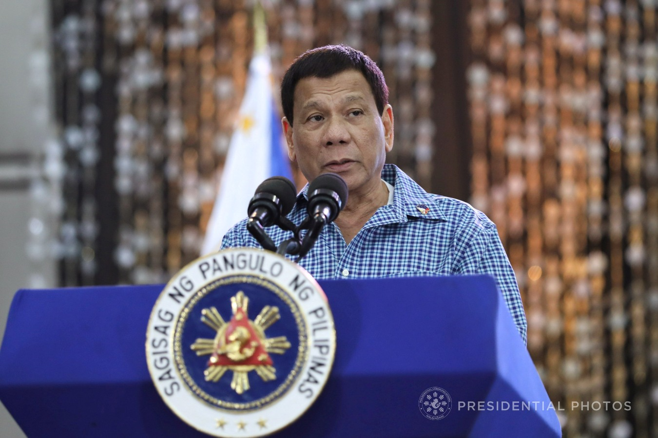 President Rodrigo Roa Duterte, in his speech during the Partido Demokratiko Pilipino (PDP) - Laban Christmas benefit dinner for Marawi City at the Sofitel Philippine Plaza in Pasay City on December 13, 2017, reassures that he is continuing his efforts to fulfill his campaign promises of eliminating illegal drugs, corruption and crime. ROBINSON NIÑAL JR./PRESIDENTIAL PHOTO