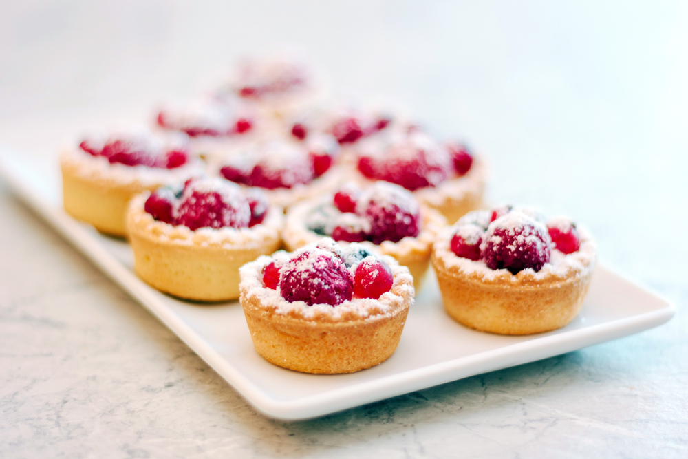 During the holidays, we could all use a fantastic tart recipe in our hip pockets. Tarts are a perfect festive end to any dinner party, and they make a lovely gift for a neighbour. If the thought of making homemade crust intimidates you, or if you just prefer not to take in so many fat calories densely packed into a sheet of pastry, stick with me. (Shutterstock)