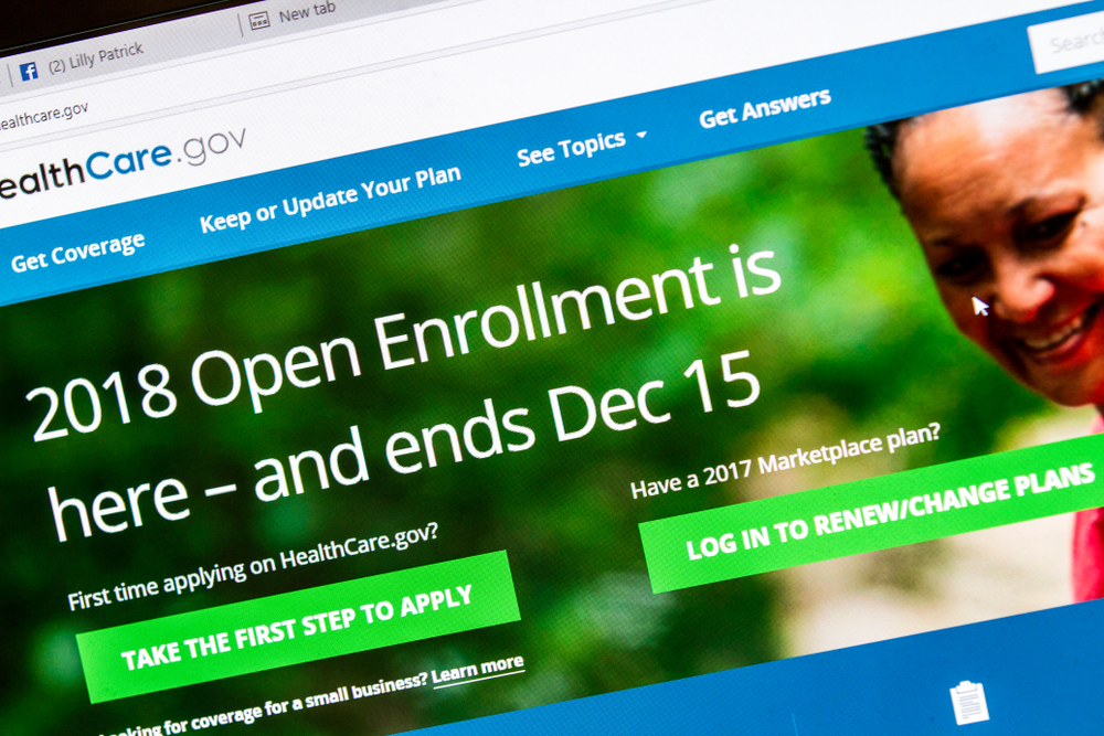 "Consumer advocates reported some glitches Monday in the final days for ""Obamacare"" sign-ups, although the Trump administration largely seemed to be keeping its promise of a smooth enrolment experience.  (Shuterstock)"
