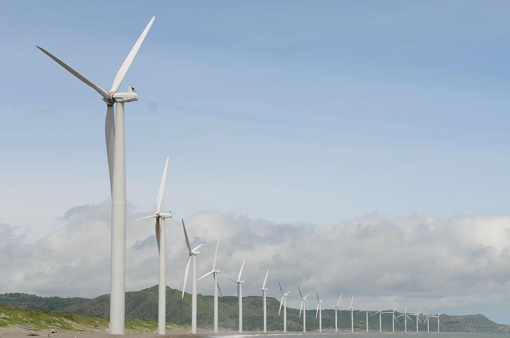 Bangui Wind Mills (Photo By Ignacio Malapitan III - Own work, CC BY-SA 3.0)