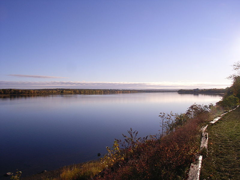 Saint John River at Fredericton, New Brunswick, Canada (Photo By Treeman - Own work, Public Domain)