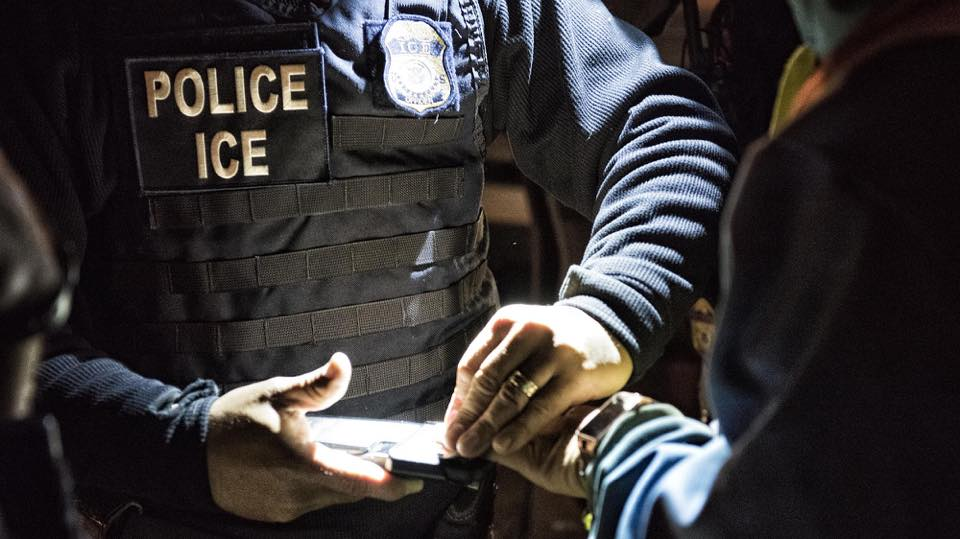 The two-page directive from U.S. Immigration and Customs Enforcement said it will enter courthouses only for specific targets, such as convicted criminals, gang members, public safety threats and immigrants who have been previously deported or ordered to leave. (Photo: Immigration And Customs Enforcement (ICE)/Facebook)
