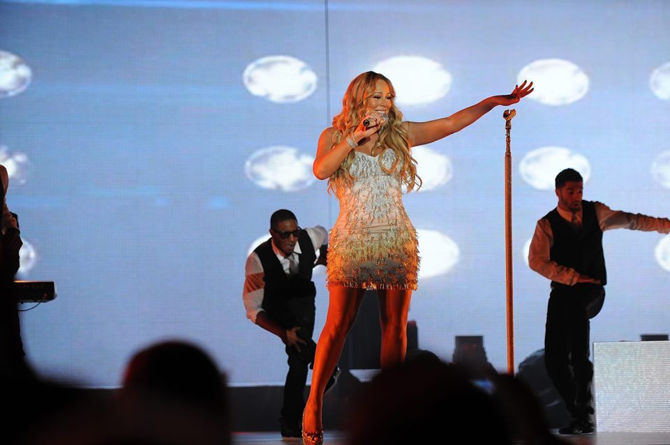 Mariah Carey's New Year's Eve 2018 Performance: Did She Redeem Herself? Vote!