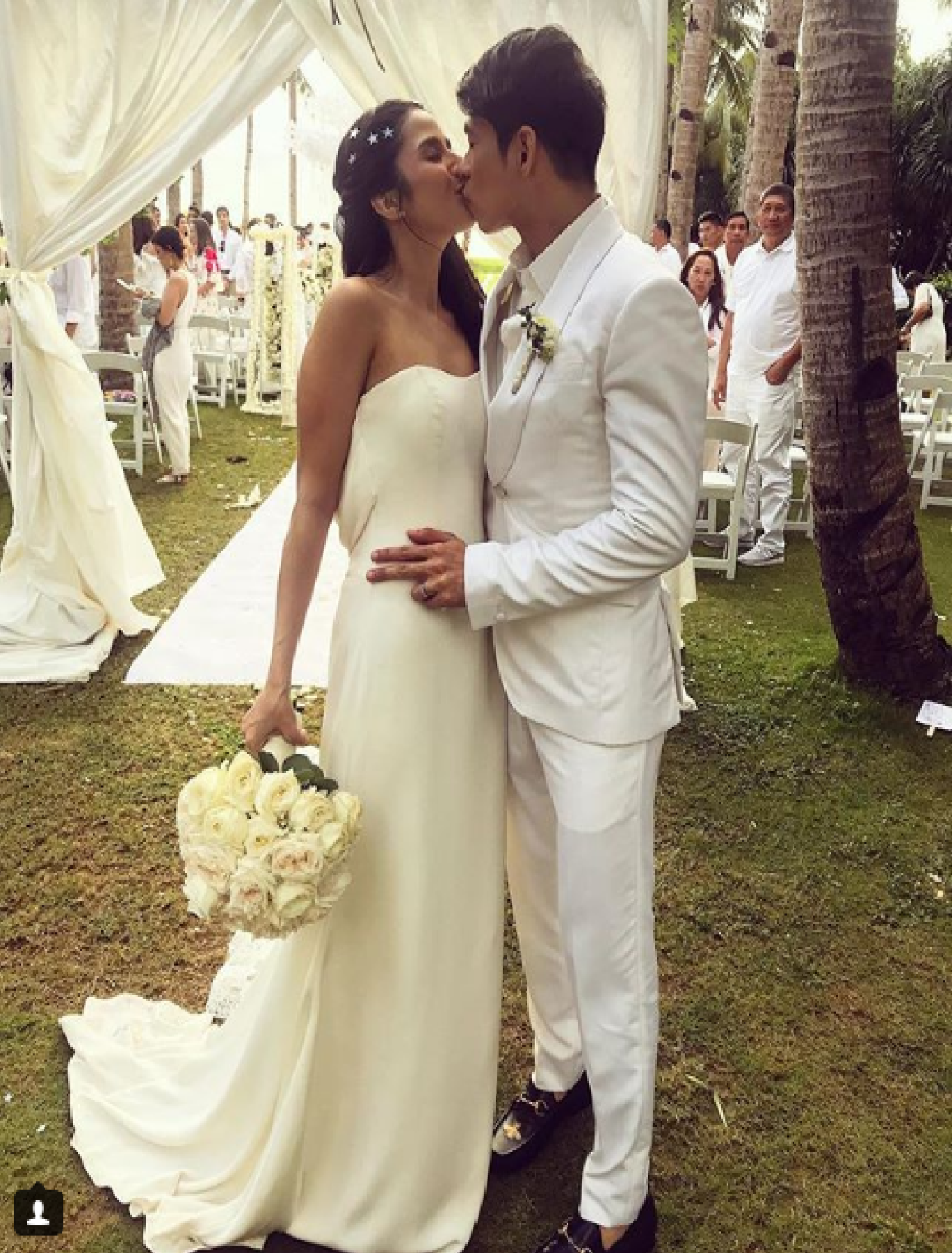 Actress Maxene Magalona tied the knot with model-musician Rob Mananquil in the one of the many picturesque island destinations in the country, Boracay Islands, on Thursday. (Photo: officialtimyap/Instagram)