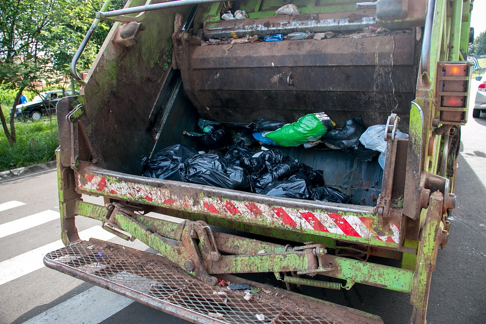 A train carrying dozens of Republican members of Congress to a strategy retreat in the countryside slammed into a garbage truck in rural Virginia on Wednesday. (Pixabay photo)