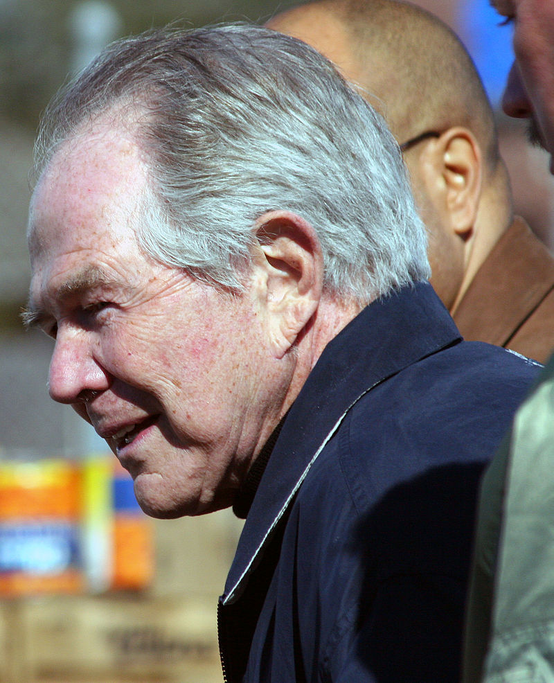 Paparazzo Presents a photo of televangelist Pat Robertson taken during his February 12, 2006 Operation Blessing visit to Victory Fellowship Church in Metairie, Louisiana. (Photo By Paparazzo Presents - Own work, CC BY-SA 3.0)