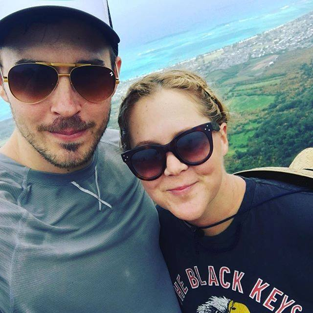 Surprise! Amy Schumer Marries Chef Chris Fischer in Secret Ceremony