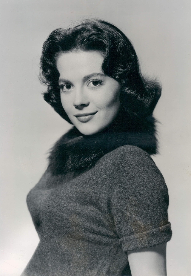 Detectives want to re-interview the 87-year-old widower of Natalie Wood, as new details emerge that could lead authorities to solve the mystery of the actress's death nearly four decades later. (Photo By File:Natalie_Wood.jpg: Unknown publicity photographerderivative work: El Matador - This file was derived from  Natalie Wood.jpg:, Public Domain)