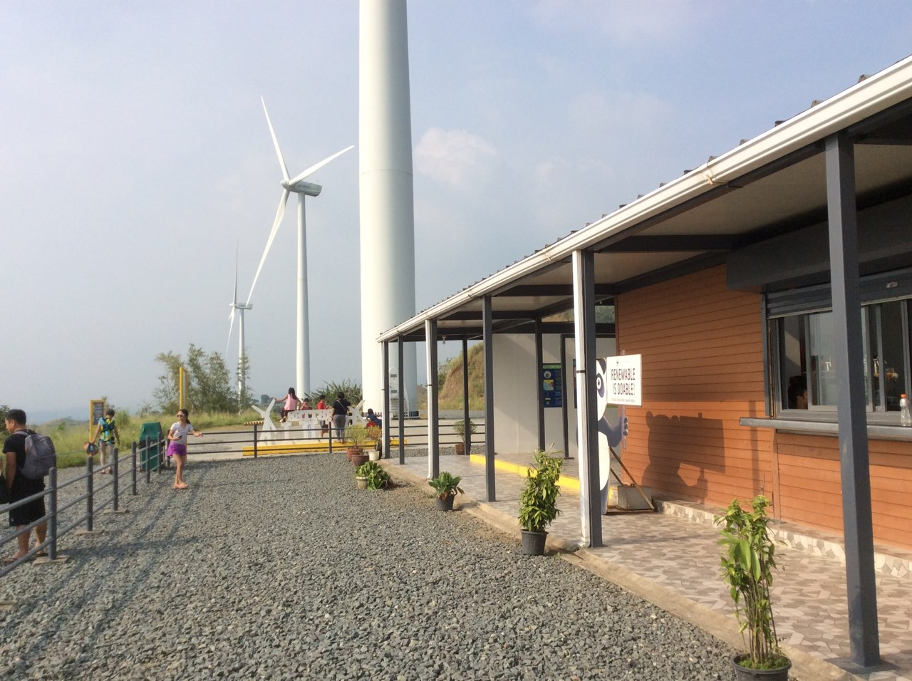 Travelling to Calabarzon, Rizal and Laguna area, one will not miss what seemed like a scene lifted from Bangui, Ilocos Norte, South Luzon's very own windmills. (PNA photo)