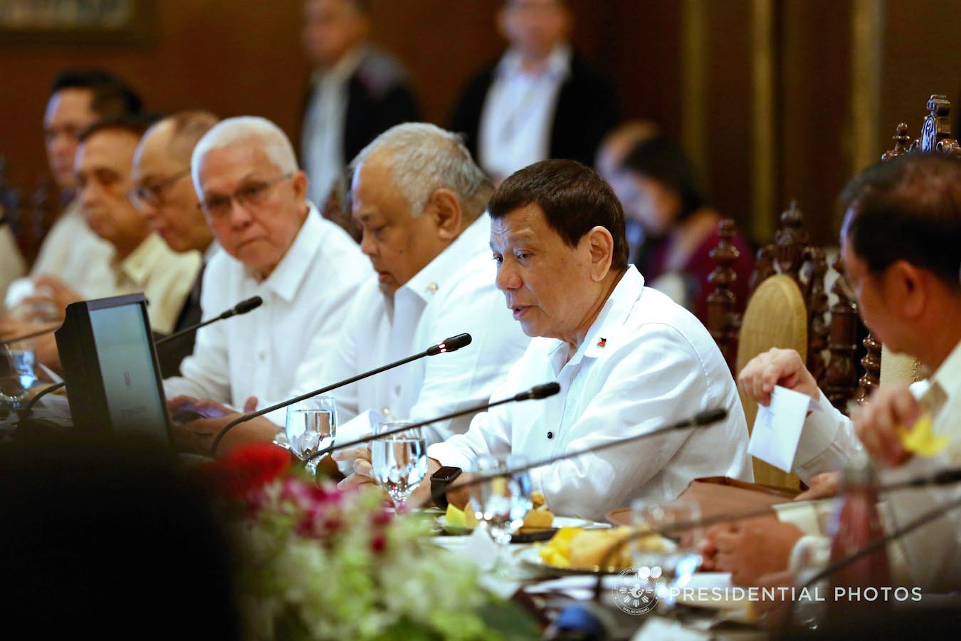 Duterte stops foreign exploration at ph Rise