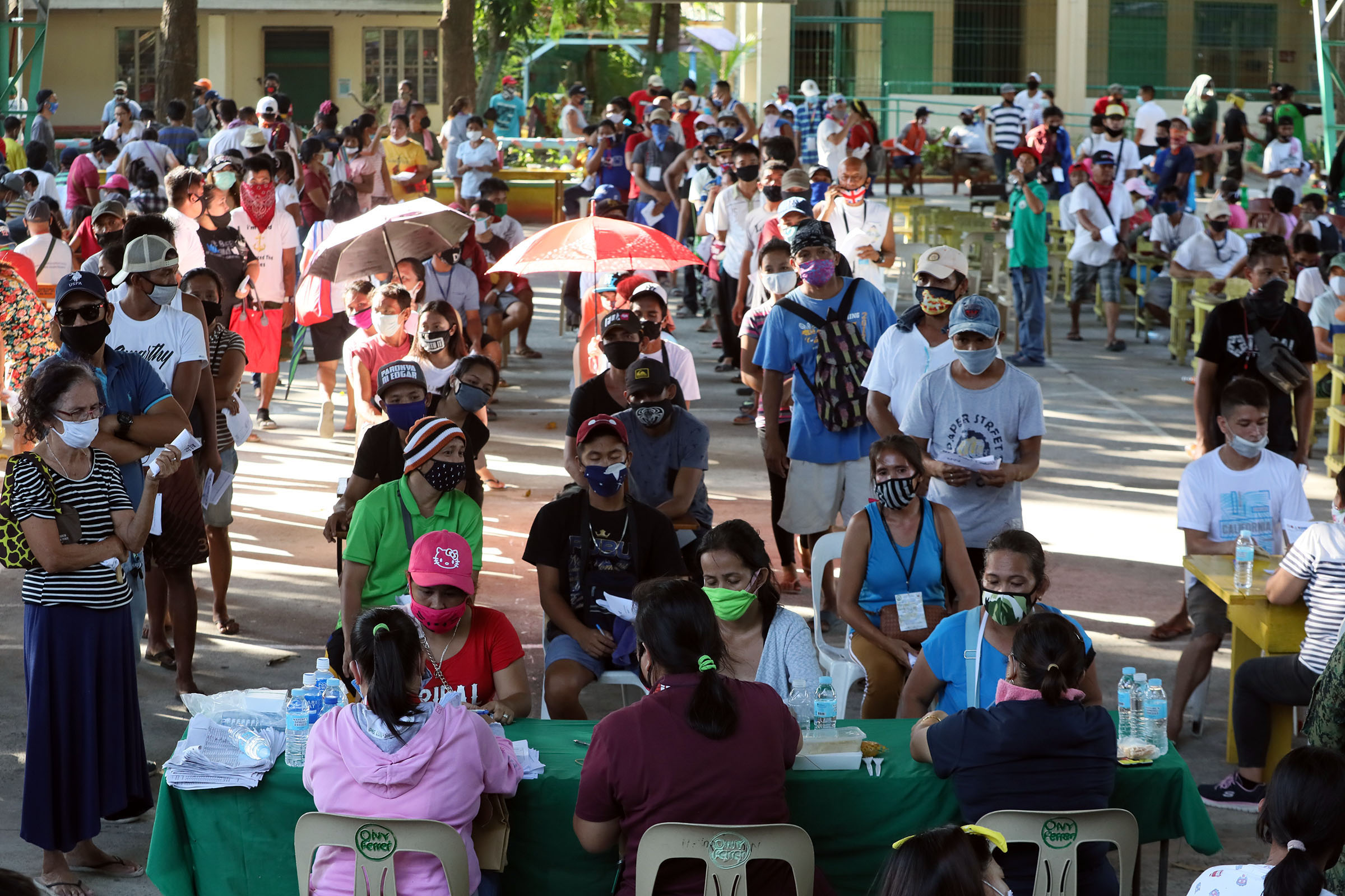 Indigents in MECQ areas to get 2nd tranche of SAP aid: Palace ...